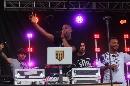 DJ D SHARP OMF